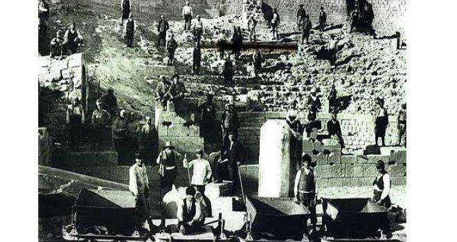 Bergama antik kentindeki kazı çalışmalarına ara verildi