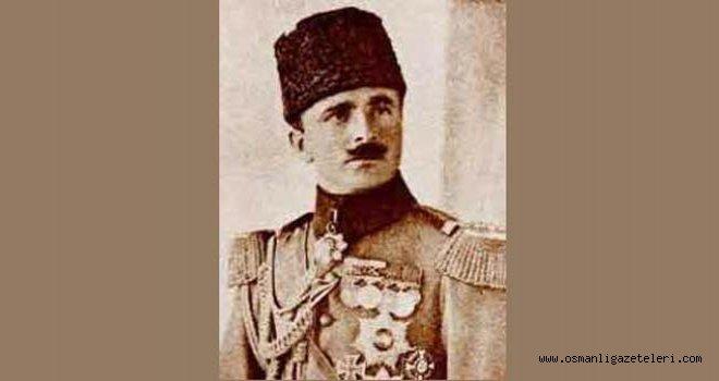 Enver Paşa'ya nişan