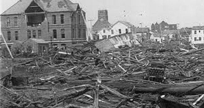 Teksas'ta dehşetli kasırga ! on bin kişi hayatını kaybetti (1900)
